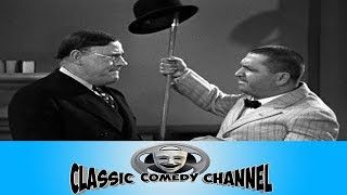 The Three Stooges E15 Disorder In The Court 1936 Curly, Larry, Moe