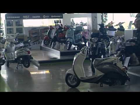 AGM Scooters - LifestyleXperience.tv - Aflevering 5, 9 mei 2010, Item AGM Scooters