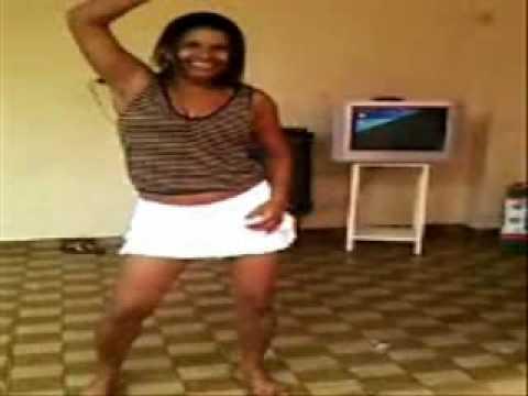 Vaninha dançando funk