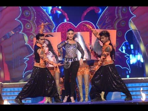 kareena live performance 2016