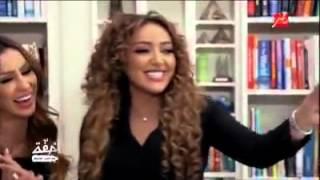 الساحر احمد البايض يخدع المغنية جميلة البدوي بالعاب سحرية مدهشة