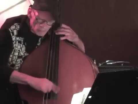 Bend for Monk comp Bert van Erk bass Michael Moore sax  Sebastian Demydczuk drums 27 10 16