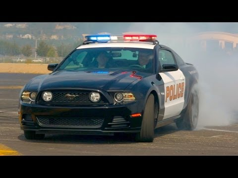 watch The One With The Ford Mustang 5.0 Police Car! - World's Fastest Car Show Ep 3.24