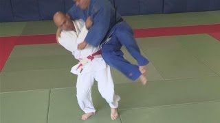 How To Throw Someone At The Waist In Judo