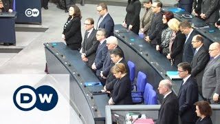 البرلمان الألماني يقف دقيقة صمت إحياء لذكرى ضحايا اعتداء برلين   الأخبار