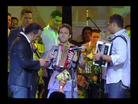 Olvídala Jorge Celedon Jean Carlos y Nelson Velasquez Concierto Los 3 Amigos