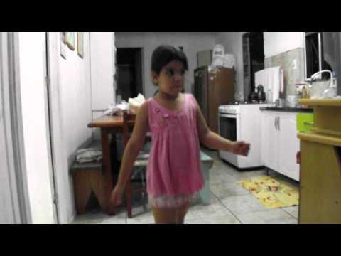 A mini dançarina