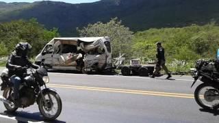 acidente na Bahia br 242 com vítimas fatais Seabra