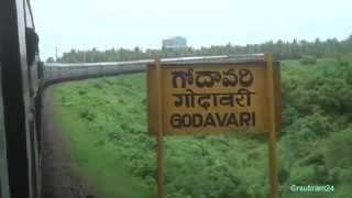 Dibrugarh Chennai exp Xing Godavari Rail/Road Bridge