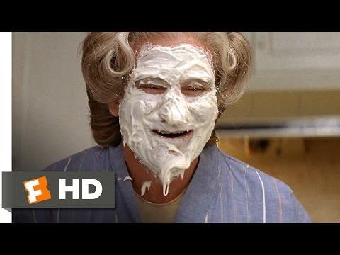 Mrs. Doubtfire (3/5) Movie CLIP - Mrs. Doubtfire's Cake Face (1993) HD