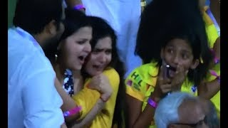 Sakshi Dhoni celebrates CSK win, chants Dhoni Dhoni | CSK vs SRH