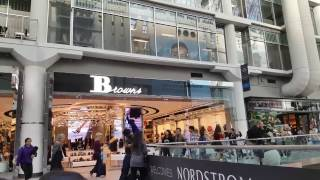 Shopping Malls in Toronto Ontario Canada 2016