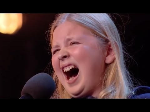 Young Shy Girl Walks On Stage But Within Seconds Everyone s Jaw Drop