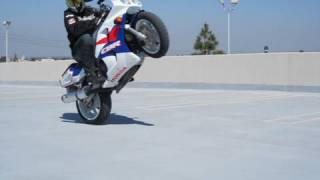 1993 CBR 900 RR vs 2010 CBR 1000 RR, 17 years of Honda sportbikes