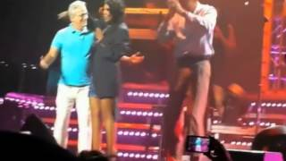 Oh my! Toni Braxton flashes derriere on stage after wardrobe malfunction!