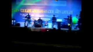 Palak and Palash Muchhal singing in a show Part 3