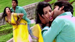 आई माज़ा उठाके कोरा - Desh Pardesh - Pawan Singh & Monalisa - Bhojpuri Hot Songs 2017 new