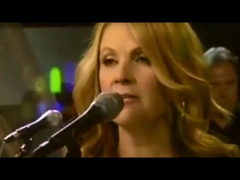 Patty Loveless – You Don't Even Know Who I Am (Live)