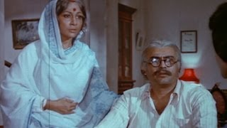 Mala Sinha is separated from Sanjeev Kumar - Zindagi