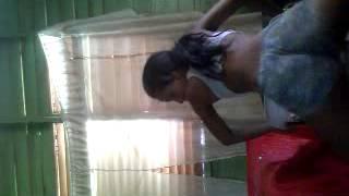 Enana Chely Bailando Paramba - Jevi