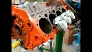 how to build 383 stroker.assembling lower end short block caponeauto part 1