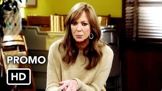 """Mom 5x04 Promo """"Fancy Crackers and a Nashville Minute"""" (HD)"""