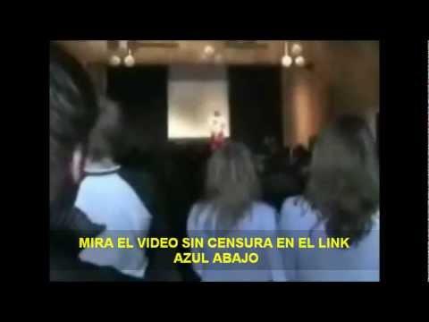 Xxx Mp4 ESTUDIANTE BAILA DESNUDA EN ESCENARIO DE BAILE DE GRADUACION 3gp Sex