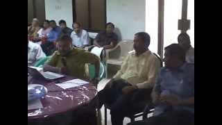 Habibullah Talukder speaking to the teachers of Rajshahi Medical College, Bangladesh
