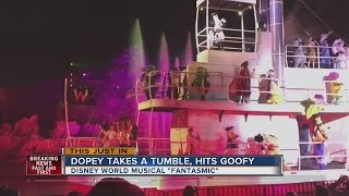 Dopey falls off the steamboat at Disney World