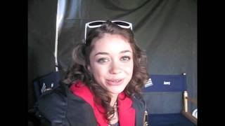 How Does SARAH HYLAND Cope with a Bad Hair Day?