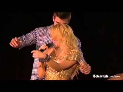 Xxx Mp4 Shakira Celebrates On Stage With Barcelona Stars 3gp Sex