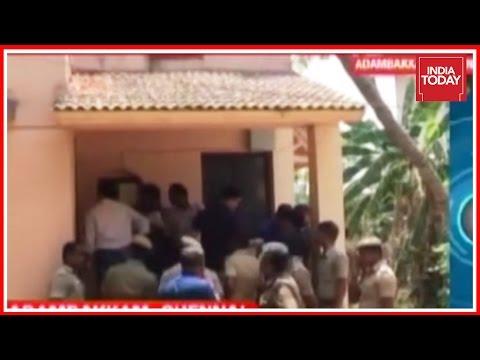 Xxx Mp4 Dhinakaran Bribery Case Delhi Police Carry Out Raids On Construction Company In Chennai 3gp Sex