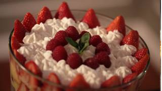 No Bake Trifle Dessert Recipe | Kin Community