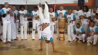 Solo de capoeira Raízes do Brasil em formosa go
