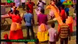 nari hoy lojjate lal by rinku concert song
