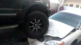 Ohio Residents DESTROY Neighbors Vehicle!!!