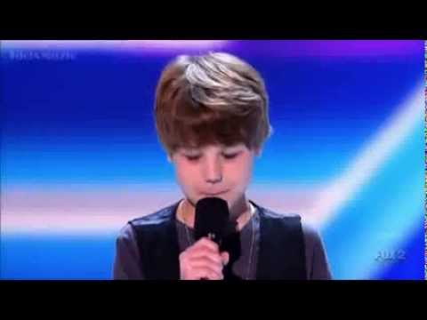 Baby Justin Bieber First Concert X Factor USA Video EditionLimited