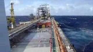 Mar em Fúria - Plataforma da Petrobrás em colapso!