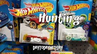 Hot Wheels Hunting plus Cars 3 & M2!