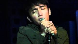 Arnel Pineda - Ever since the world began @ Rockville's Let's Rock concert 4-17-12.