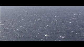 التلفزيون اليوناني: العثور على أجزاء من حطام الطائرة المصرية