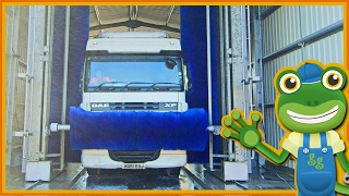 Giant Truck Wash For Children | Gecko's Real Vehicles