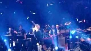 Download 周杰倫香港演唱會 - 嘉賓:許志安唱 '晴天' 3Gp Mp4