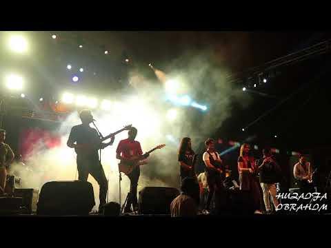 Xxx Mp4 Ali Zafar Live Concert Singing Item Number 3gp Sex