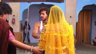 GHULAM- Shivani & Rangeela In DANGER- गुलाम (On Location)