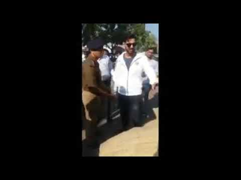 Xxx Mp4 John Abraham Fight With His Fans 3gp Sex