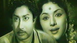 Naan Vanangum Dheivam (1963)blockbuster Old Tamil Movie Starring:Sivaji Ganesan,Padmini