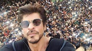 Shahrukh Khan Birthday 2016 Celebration With FANS At Mannat