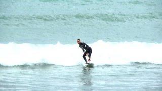 Eric Dargent, un surfeur amputé à l'assaut des vagues
