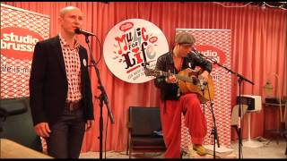 Music For Life 2012: Helmut Lotti ft Stef Kamil Carlens - Voed Mij Op